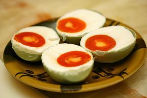 Tips Agar Telur Asin Sempurna